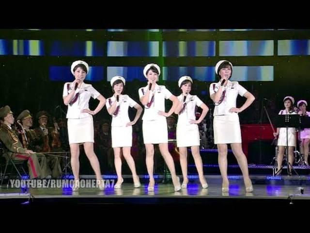 Nordkoreas Machthaber Kim Jong Un hat 2012 die Mädchenband Moranbong ins Leben gerufen.