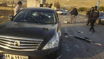 Dieses von der Fars veröffentlichte Foto zeigt den Ort, in dem Mohsen Fakhrizadeh in Absard, einer kleinen Stadt östlich der Hauptstadt Teheran getötet wurde. Foto: Uncredited/Fars News Agency/AP/dpa