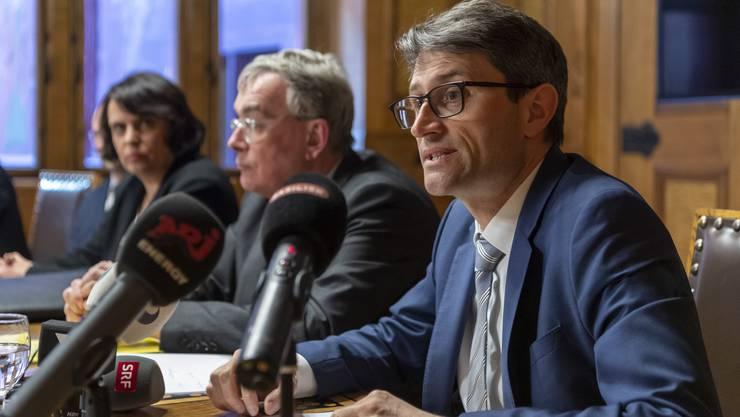 Der Basler Gesundheitsdirektor Lukas Engelberger vor den Medien am Freitag, 13. März 2020.