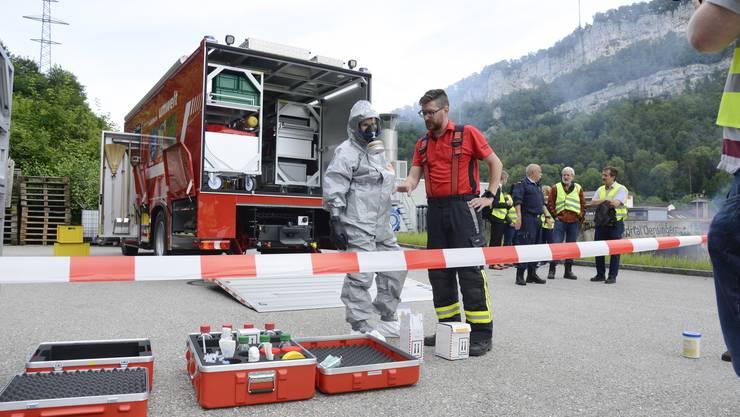 Übung zu 50 Jahre Schadendienst Kanton Solothurn im Feuerwehrausbildungszentrum in Balsthal