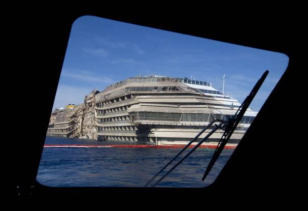 Vor einer Woche wurde die «Costa Concordia» aufgerichtet