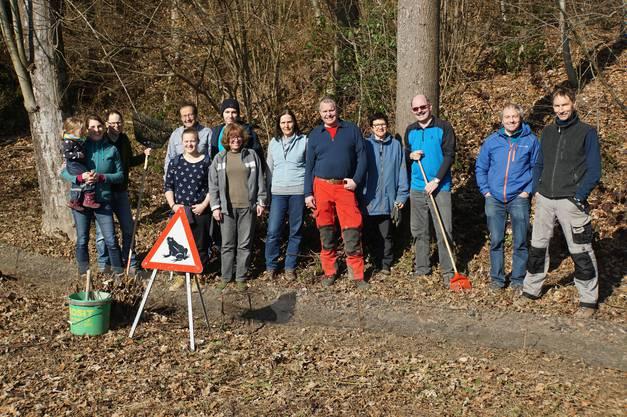 Die Gruppe der Freiwilligen nach getaner Arbeit