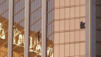"""Aus diesem Hotelzimmer im Hotel """"Mandalay Bay"""" in Las Vegas eröffnete der Täter am 1. Oktober 2017 das Feuer auf Gäste eines Freiluftkonzerts. 58 Menschen starben, weitere 869 wurden verletzt. (Archivbild)"""