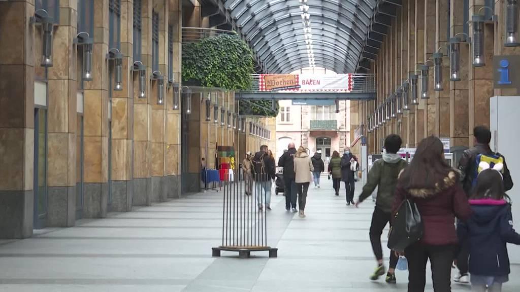 Zug will keine längeren Ladenöffnungszeiten – dafür tiefere Steuern