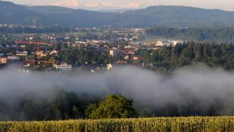 Der Blick nach Aarau ist benebelt. Statt auf die Kantonshauptstadt blickt Auenstein künftig lieber auf den Bezirkshauptort Brugg.