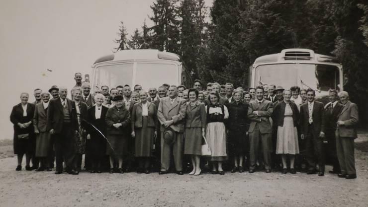 1963, als die Mitglieder der Milchgenossenschaft Schmiedrued auf Käsireis gingen, waren sie noch zahlreich.