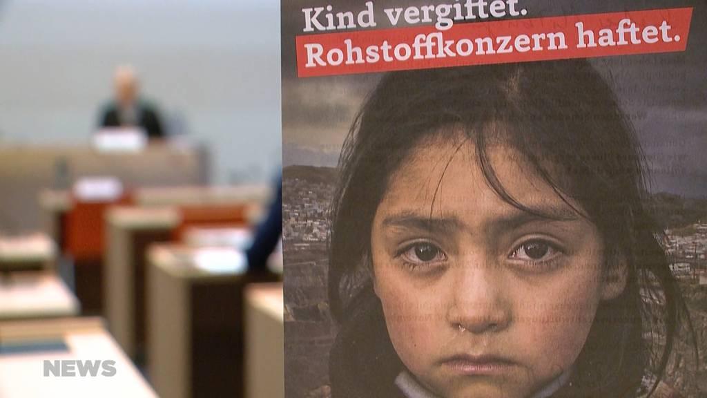 Konzernverantwortungs-Initiative: Sollen Schweizer Unternehmen für ihre Vergehen haften?