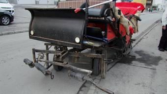 Die Kutsche nach dem Unfall (Bild: Kantonspolizei Graubünden)
