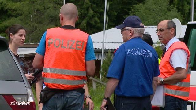 75-Jähriger stirbt bei Autounfall im Hochybrig