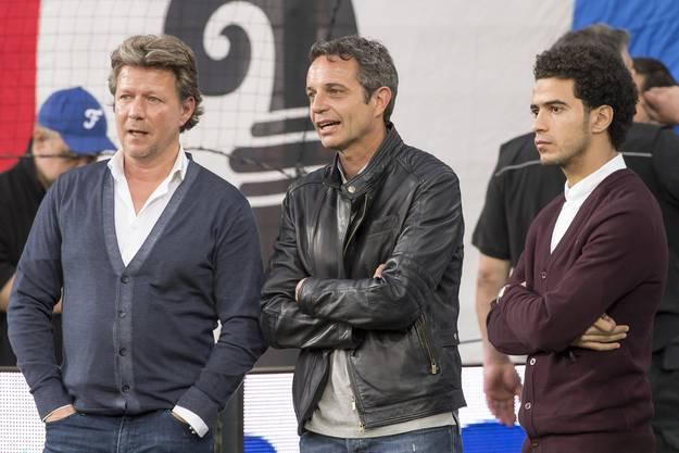 Auch Basels Neuverpflichtung Omar Gaber (rechts) ist im Stadion.
