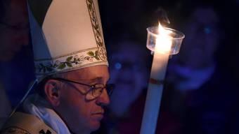 Papst Franziskus erinnerte mit Tausenden Gläubigen an die  Auferstehung von Jesus Christus