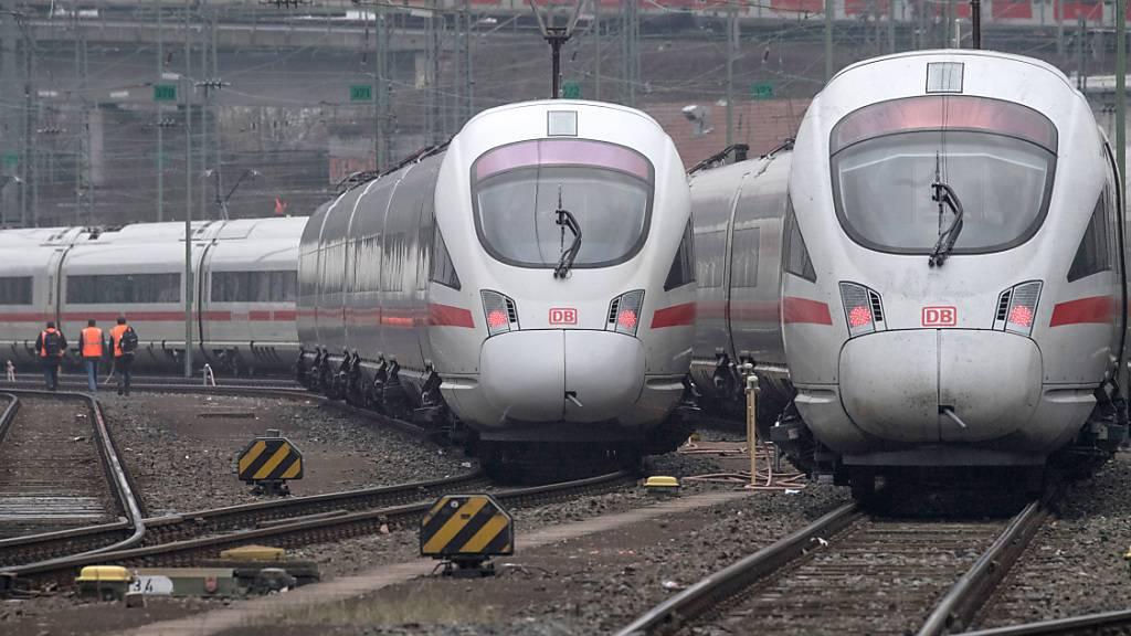 Deutsche Bahn fährt im Corona-Jahr Rekord-Verlust ein