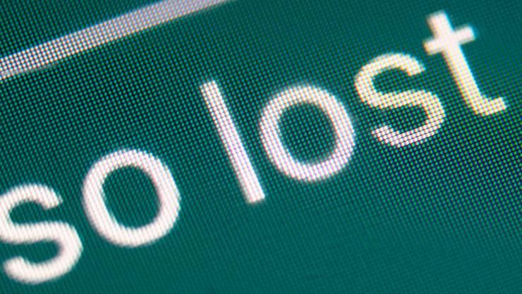 """Das Jugendwort des Jahres """"lost"""" wird in dem Satz """"Also ganz so lost is man nicht"""" in einer Smartphone-Unterhaltung über eine Matheprüfung verwendet. Foto: Sebastian Gollnow/dpa"""