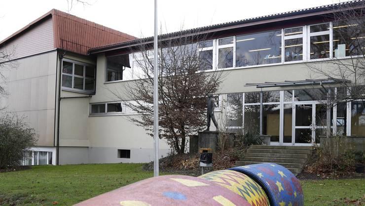 Der Kostenteiler für die Reionalschule äusseres Wasseramt wurde von der Gemeindeversammlung Etziken angenommen. (Archiv)