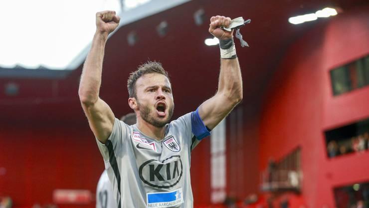 Elsad Zverotic führt den FC Aarau in der nächsten Saison als Captain an