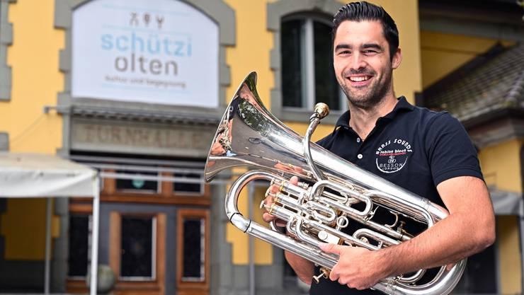 Fabian Bloch: am Freitag heisst's: «Spot on!».