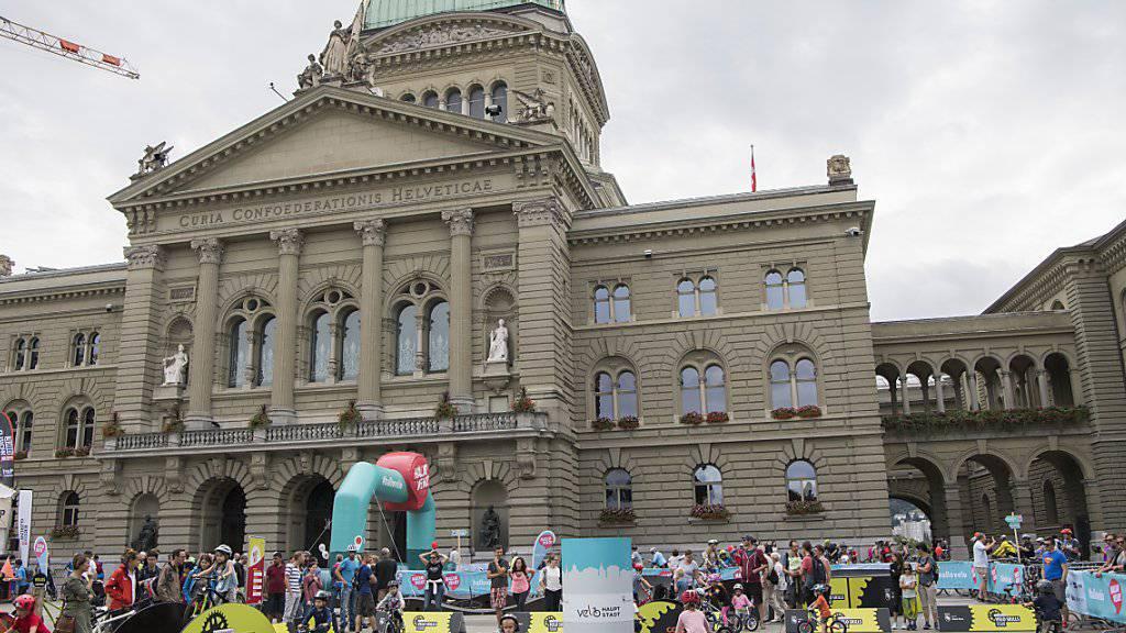 Das neue Velofestival «Hallo Velo» bietet entlang der 40 Kilometer langen Kernroute von Bern nach Münsingen verschiedenste Attraktionen.