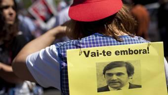Ablehnung auf der Strasse - Unterstützung im Parlament: Coelho