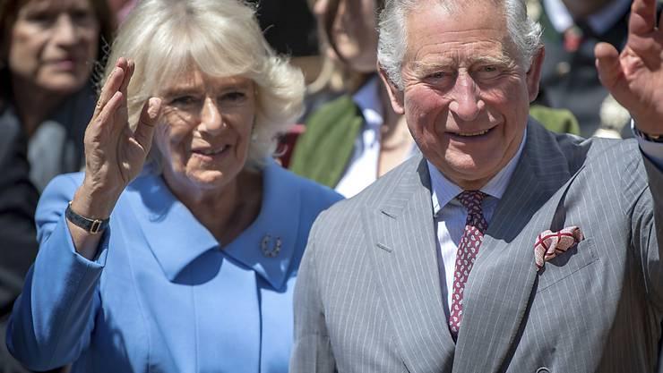 Ab nach Hause zum kleinen Enkel Archie: Charles und Camilla machen sich auf den Heimweg nach London. (Archivbild)