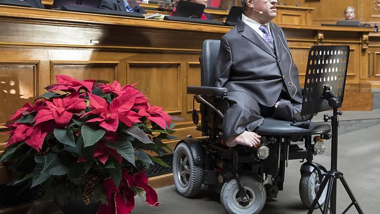 CVP-Nationalrat Christian Lohr (TG) hatte Massnahmen gefordert, damit Menschen mit Behinderungen möglichst selbstbestimmt am gesellschaftlichen Leben teilnehmen können. Der Bundesrat umreisst nun in einem Bericht seine Behindertenpolitik. (Archiv)