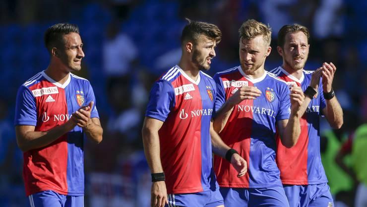 Zum Rückrundenstart interviewen sich die FCB-Spieler um Samuele Campo, Albian Ajeti, Silvan Widmer und Luca Zuffi (von links nach rechts) selber. Das Resultat ist ein Gespräch über Dürüm, Disney und Dusch-Gewohnheiten.