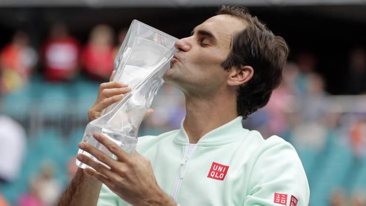 Roger Federer startet mit Rückenwind in die Sandsaison.