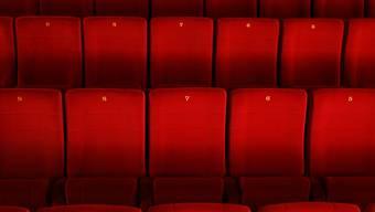 In diesen Sesseln im Saal 2 des Kino Sterk sitzen immer seltener Gäste.