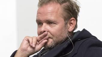 """Der Schweizer Schriftsteller, Drehbuchautor und Journalist Christian Kracht hat für seinen Roman """"Die Toten"""" den Schweizer Buchpreis 2016 erhalten."""