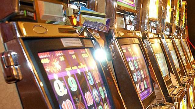 Geldspielautomaten (Symbolbild)
