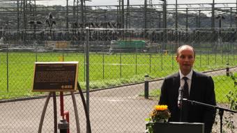 Swissgrid-CEO Pierre-Alain Graf mit dem Award. (chr)