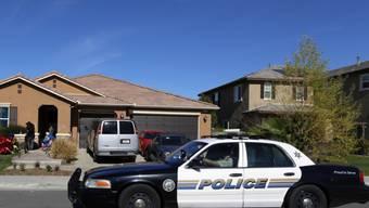 """In dem """"Horrorhaus"""" hat ein kalifornisches Ehepaar seine Kinder  gefangengehalten.  Nun ist das Paar zu mindestens 25 Jahren Gefängnis verurteilt worden."""