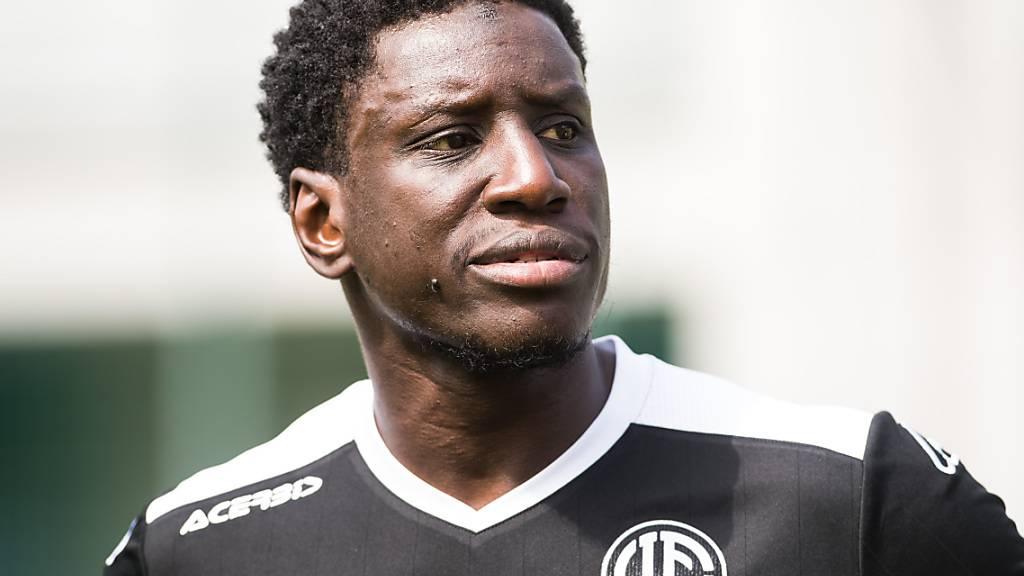 Demba Ba gibt seinen Rücktritt
