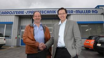 Fritz Muster (links) und Alex Naef, CEO Carrosserie Hess AG, sehen sich beide als Gewinner.