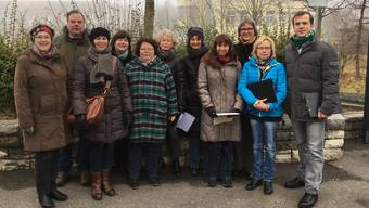 Das Komitee, das sich aus Gemeinde- und Kantonsparlamentariern aller politischen Parteien sowie aus Anwohnern und Marktfahrern zusammensetzt, will den samstäglichen Wochenmarkt in der Nähe des Säliparks behalten.