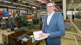 Hat gut lachen: Dominique Osstyn, CEO der Assa Abloy (Schweiz) AG, in den Firmenräumlichkeiten in Kleinlützel.