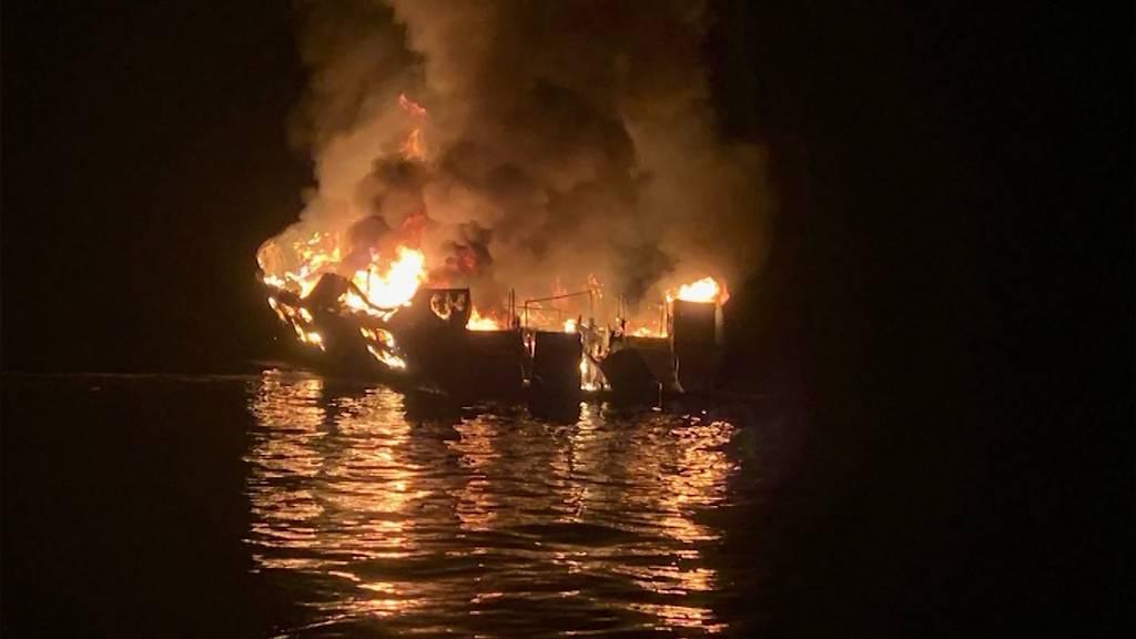 Kalifornien: Bootsbrand fordert 25 Tote