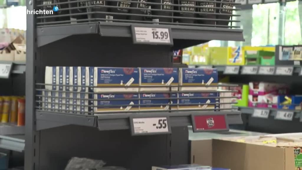 Apotheker besorgt wegen Corona-Selbsttests vom Discounter