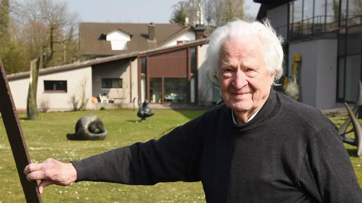 Seit über 70 Jahren arbeitet Erwin Rehmann als Künstler - vor 15 Jahren hat er seinen Skulpturengarten in Laufenburg angelegt.
