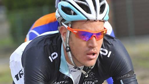 Das Giro-Feld ist in Gedanken beim verstorbenen Wouter Weylandt.