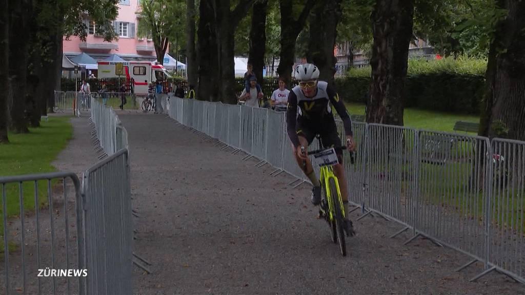 Sechstes Urban Cyclocross fand trotz Regen statt