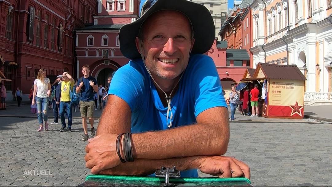 Trolley-Man: Mit dem Einkaufswagen nach Moskau