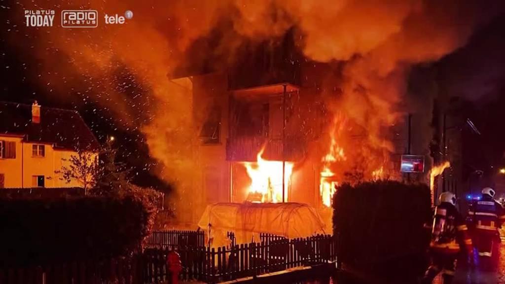 Wohnhaus gerät nach zwei Monaten erneut in Brand