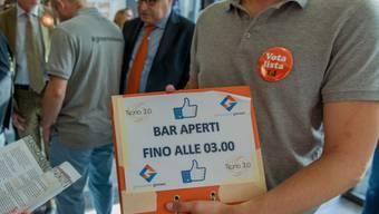 Mehr gefordert als bekommen: Statt bis 3 Uhr nachts wie von den Initianten gewünscht dürfen Tessiner Bars nun am Freitag und Samstag bis 2 Uhr nachts öffnen.