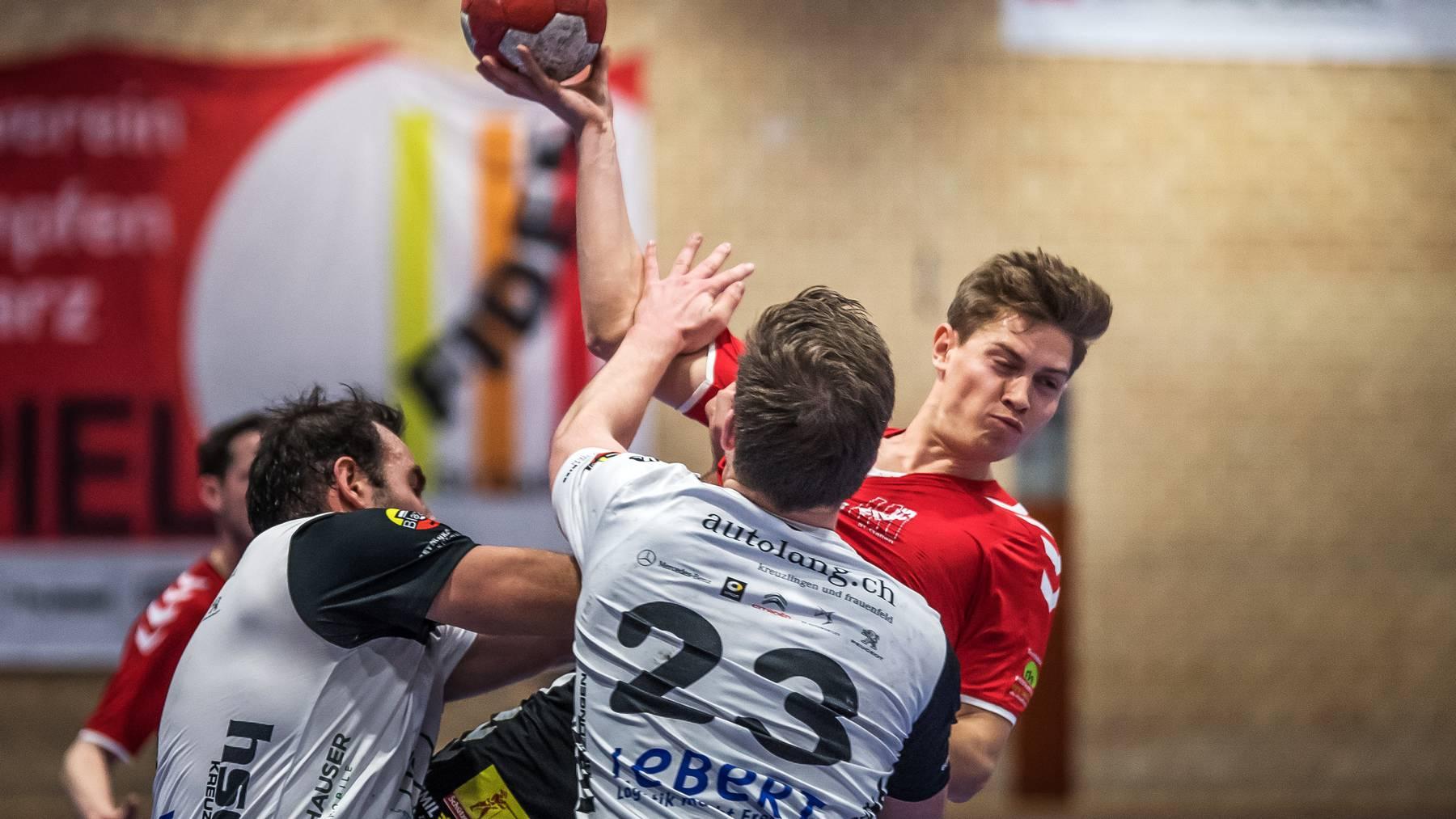 Der SV Fides (in Rot) im Jahr 2019, als Handball noch ohne Einschränkungen gespielt werden konnte.