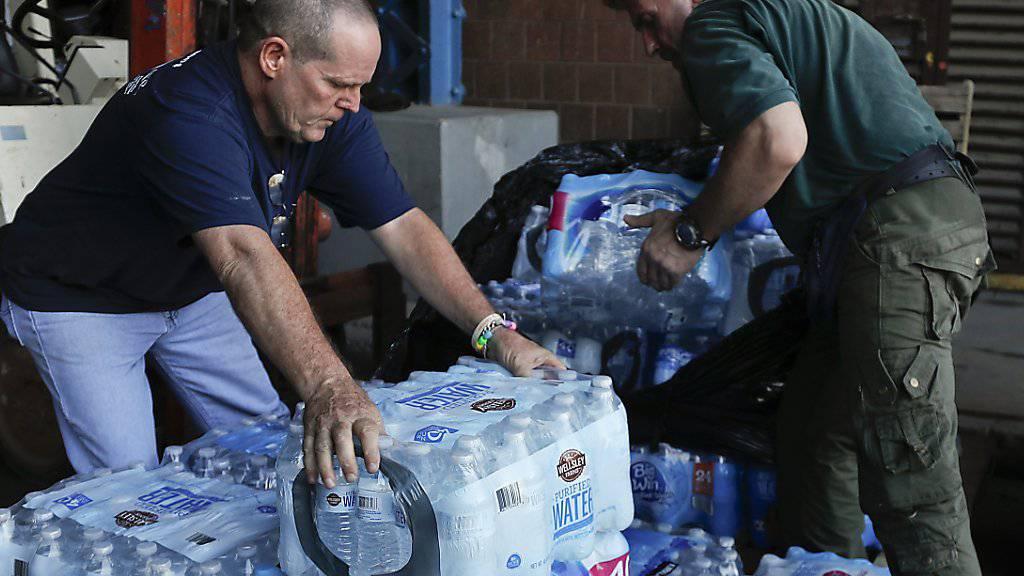 Trinkwasser für Puerto Rico (Archiv)
