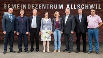 Dieter Pfister (ganz links) tritt auf Ende Jahr als Gemeindeverwalter zurück. (Archiv)