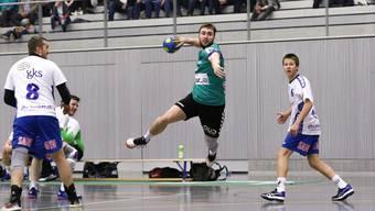 Trotz Aufholjagd zum Saisonende – der HC Mutschellen steigt ab. Hier am Ball Gal Adamcic im Spiel gegen Visp.