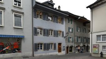 Die Stadt will das Haus, wo sich früher die Jugendbibliothek befand (Liegenschaft mit Laterne), verkaufen.