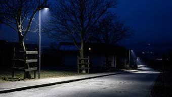 Was würde eine LED-Beleuchtung für Aarau bringen? (Im Bild LED-Beleuchtung im Churer Rheintal)