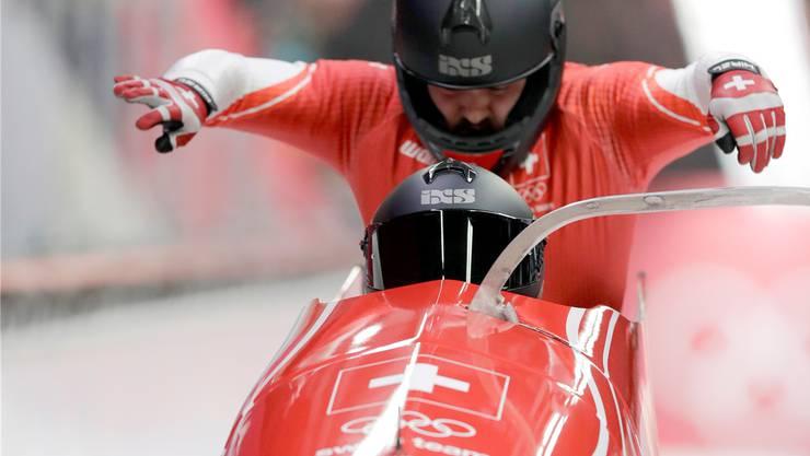Zusammen mit seinem Piloten Rico Peter belegte Simon Friedli bei den Olympischen Spielen in Südkorea Platz elf im Zweierbob.